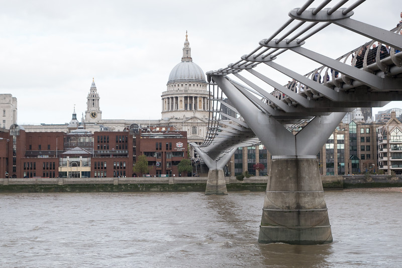 St Pauls and the Millennium Bridge