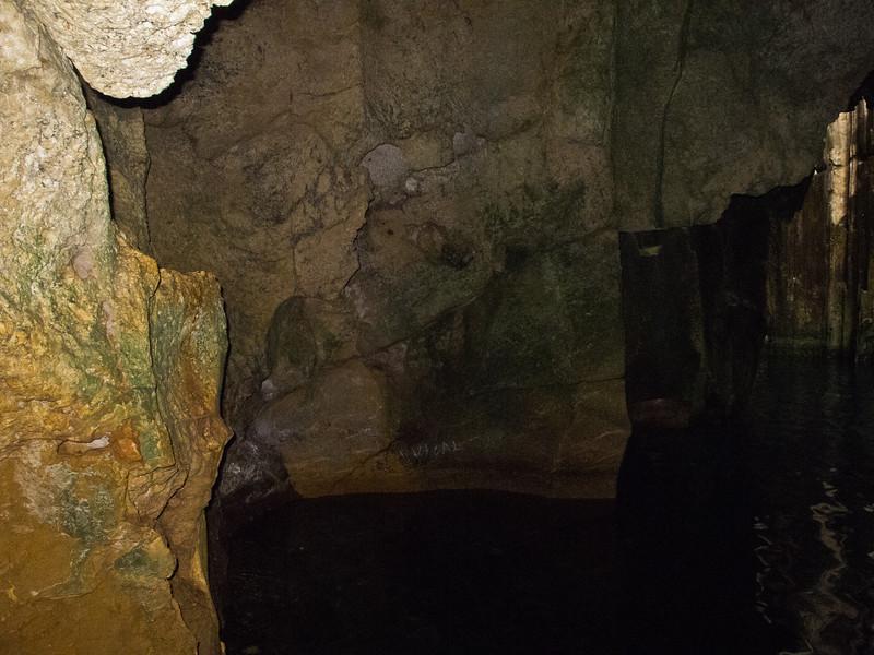 Sawailau Cave Trip (12 of 22)