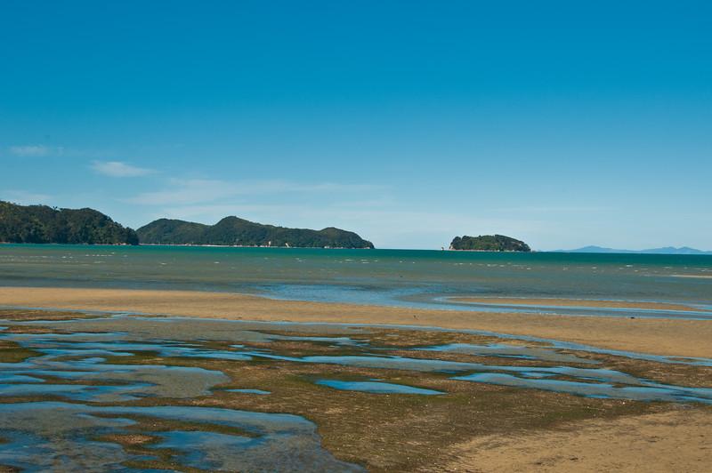 Marahau beach, low tide