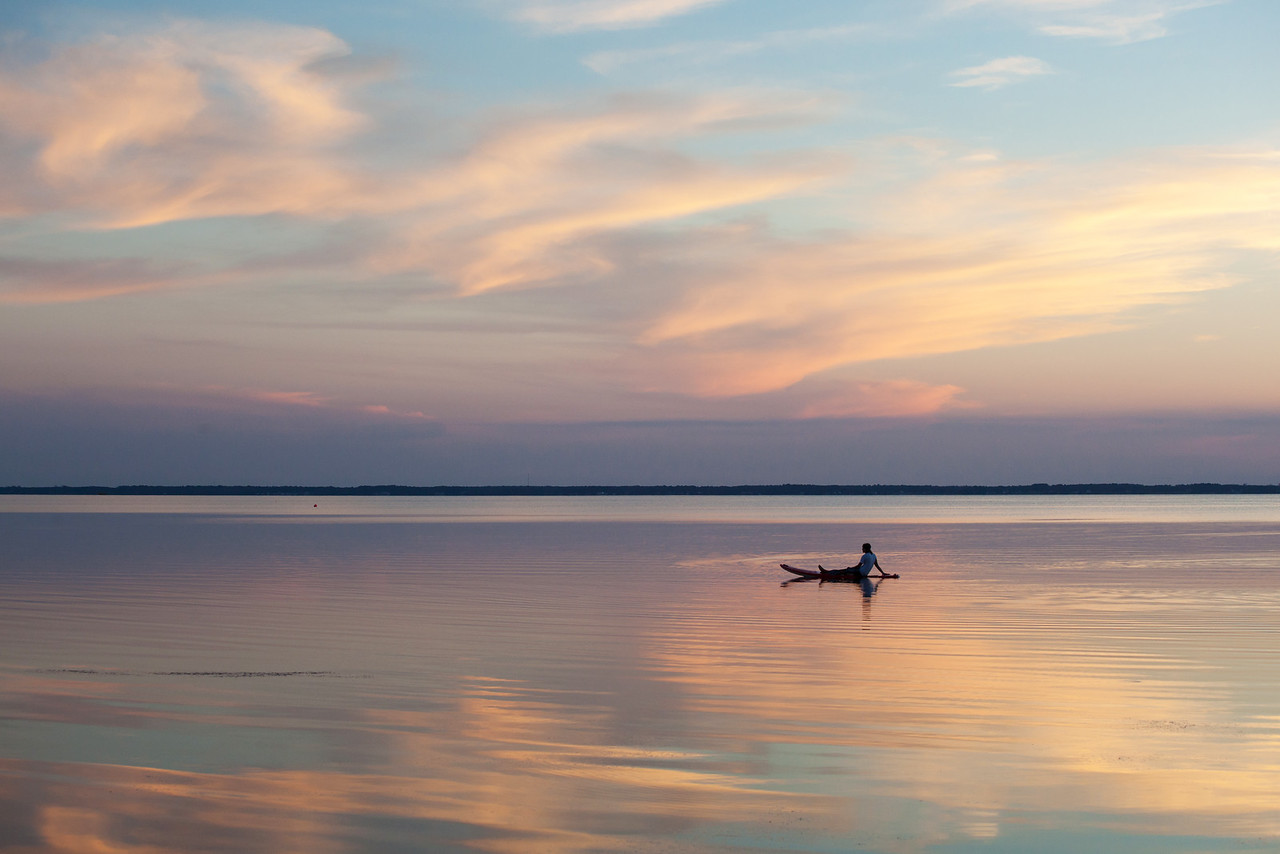 Sunset by paddleboard