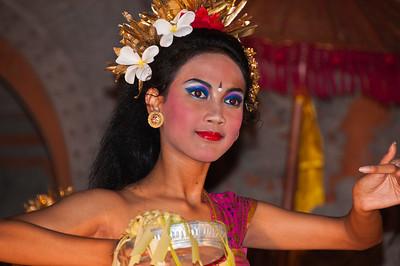 Bali - Legong and Barong (17 of 59)