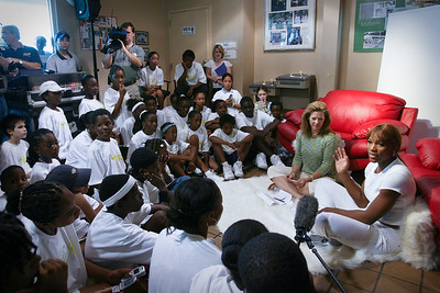 March 20,2004 Serena Williams visits with kids at City of Miami Moore Park.