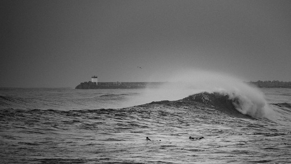 Winter Surf in France