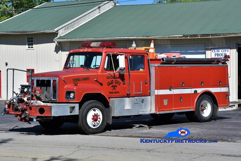 Clay City-Powell County Engine 23<br /> x-Lexington, KY<br /> 1986 International S2700/SPI 1000/1000<br /> Greg Stapleton photo