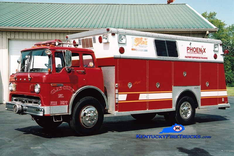 <center> RETIRED <br> Clay City  Rescue 23 <br> 1977 Ford C/Saulsbury <br> Greg Stapleton photo </center>
