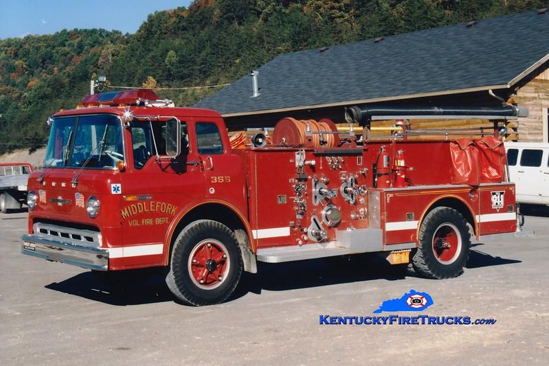 <center> Middle Fork  Engine 2 <br> x-Hebron, KY <br> 1971 Ford C/American LaFrance 1250/500 <br> Greg Stapleton photo </center>