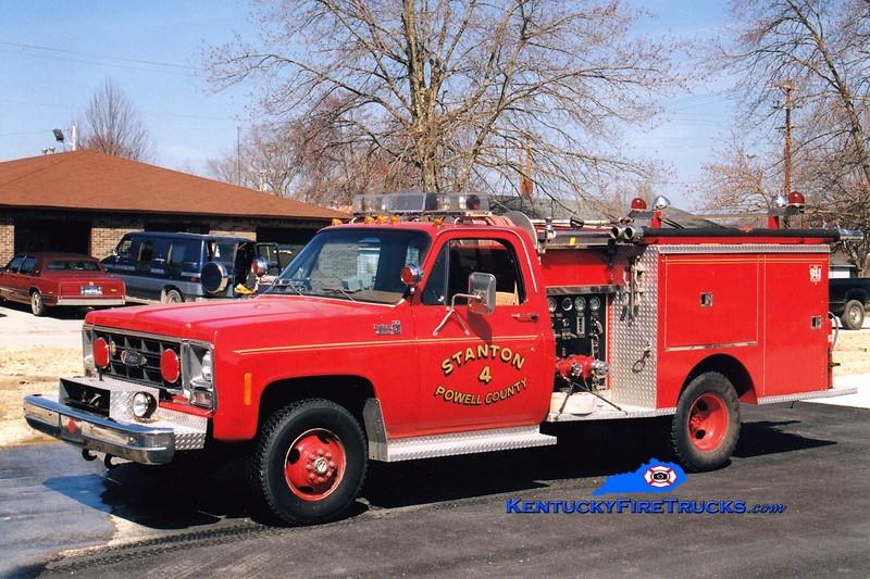 <center> RETIRED <br> Stanton  Engine 34 <br> 1979 Chevy 4x4/Pierce 350/250  <br> Greg Stapleton photo </center>