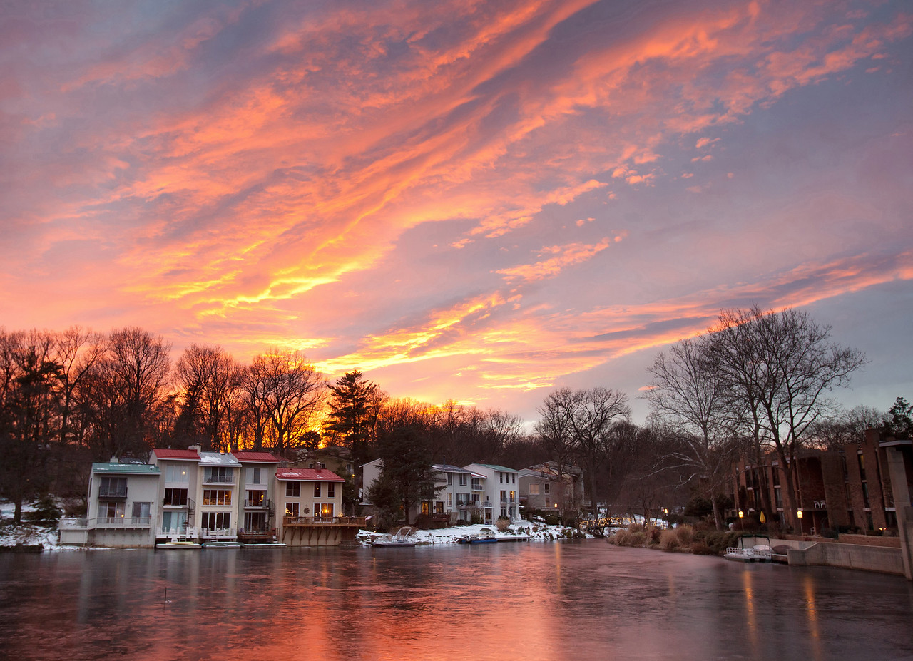 Icy Lake Anne sunset