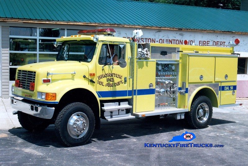 <center> RETIRED <br> Bronston Engine 12 <br> 1992 International 4900 4x4/Allegheny 750/500 <br> Greg Stapleton photo </center>
