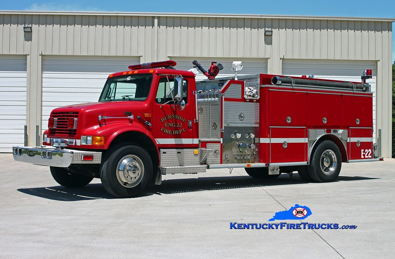 <center> Burnside  Engine 22 <br> 1996 International 4900/E-One 1250/1000 <br> Kent Parrish photo </center>