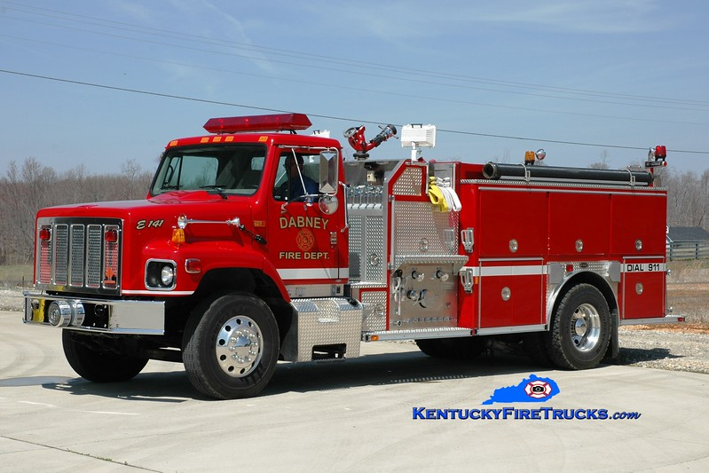 <center> Dabney  Engine 141 <br> 2001 International S2674/E-One 1250/1000 <br> Greg Stapleton photo <br> </center>
