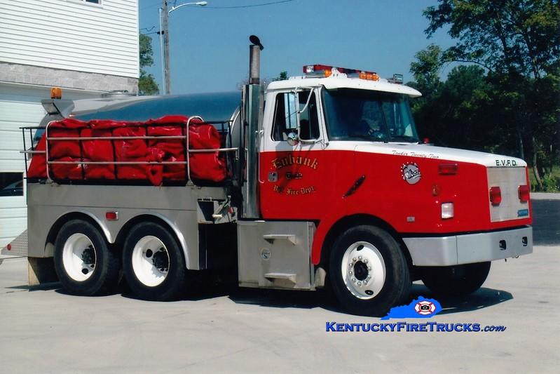 <center> Eubank  Tanker 22 <br> 1992 White-GMC/Bluegrass 250/3000 <br> Greg Stapleton photo <br> </center>