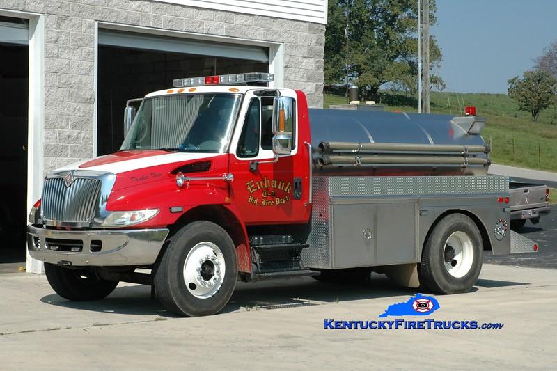 <center> Eubank  Tanker 2 <br> 2002 International 4400/Bluegrass 250/1500 <br> Greg Stapleton photo <br> </center>