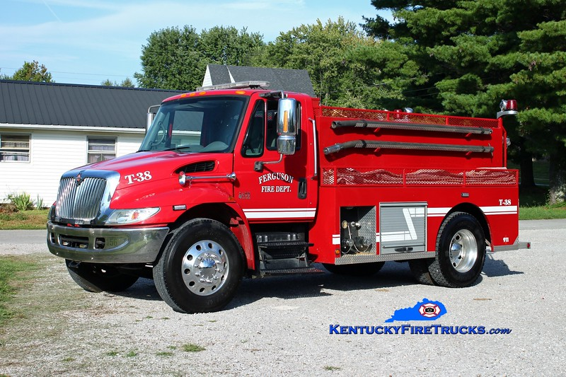 <center> Ferguson  Tanker 38 <br> *Rechassis <br> 2002 International 4400/1993 Wynn 400/1900 <br> Kent Parrish photo </center>