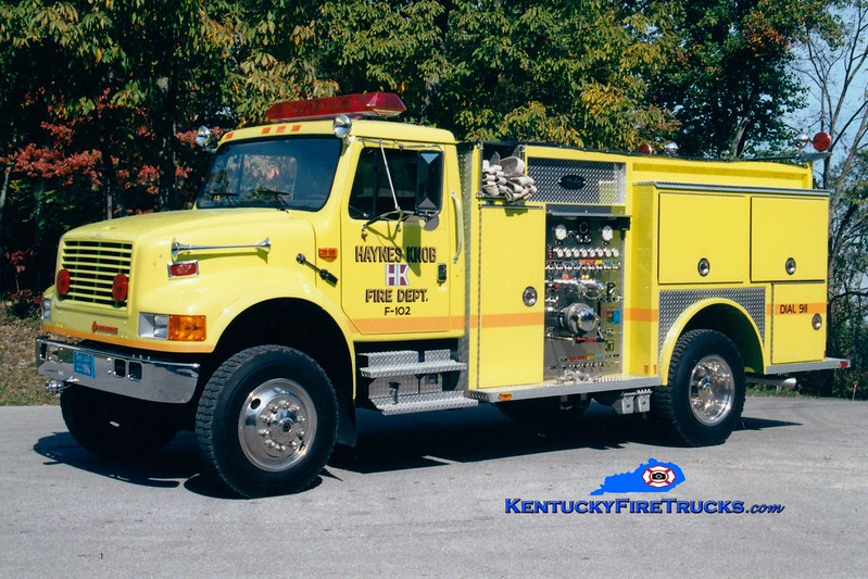 <center> RETIRED <BR> Haynes Knob  Engine 102 <br> 1992 International 4800 4x4/Allegheny 750/500 <br> Greg Stapleton photo </center>