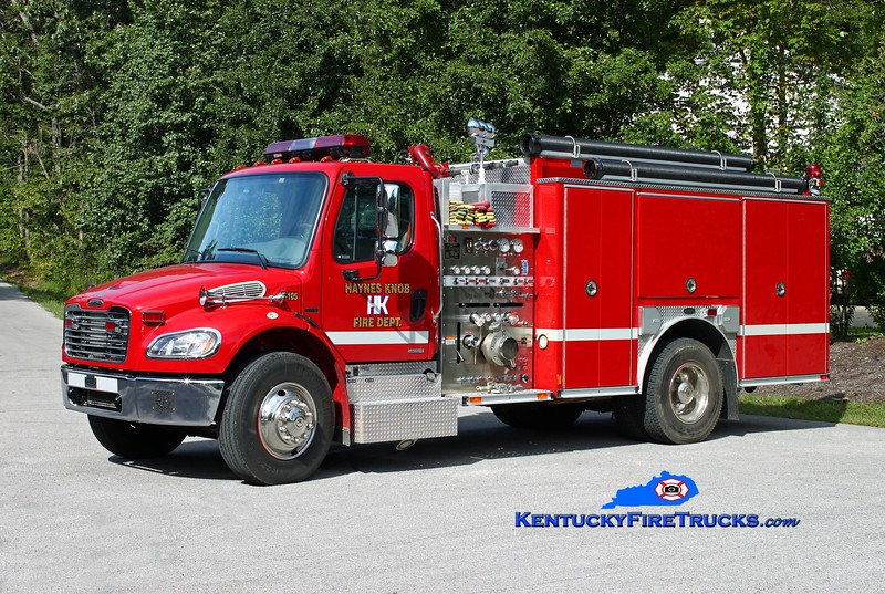 <center> Haynes Knob Engine 105 <br> 2004 Freightliner M2-106/Pierce 1250/1000/30 <br> Kent Parrish photo </center>