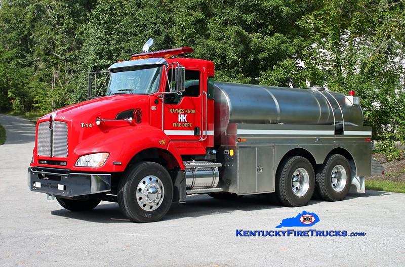 <center> Haynes Knob  Tanker 14 <br> 2004 Kenworth T-440/Pulaski Co Fire Commission/1986 Bluegrass 400/2500 <br> Kent Parrish photo </center>
