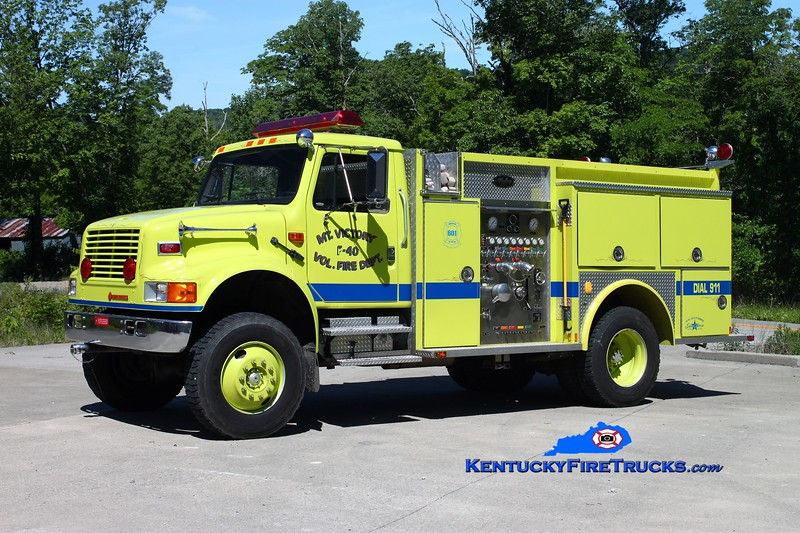 <center> Mt Victory  Engine 40 <br> 1993 International 4800 4x4/Allegheny 750/500 <br> Kent Parrish photo </center>
