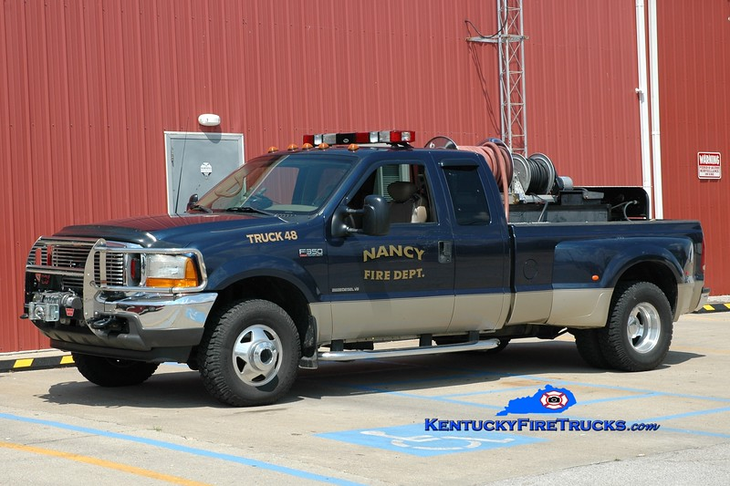 <center> Nancy  Brush 48 <br> 2001 Ford F-350 4x4/Pro Poly 250/250 <br> Greg Stapleton photo </center>