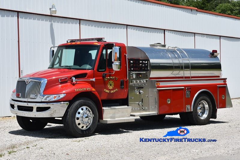 Nancy Tanker 211<br /> 2002 International 4400/4 Guys/Pulaski County Fire Commission 450/1800<br /> Greg Stapleton photo
