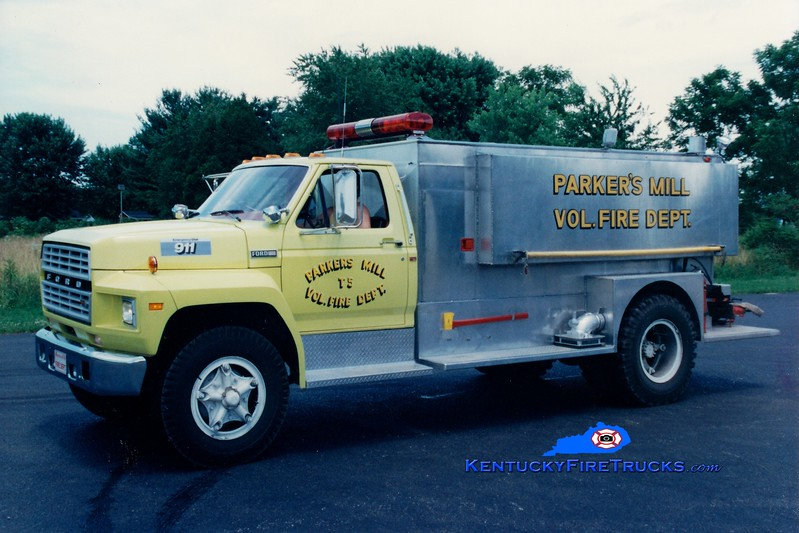 <center> RETIRED <br> Parkers Mill  Tanker 5 <br> 1981 Ford F-800/Barron 250/1500 <br> Greg Stapleton photo </center>