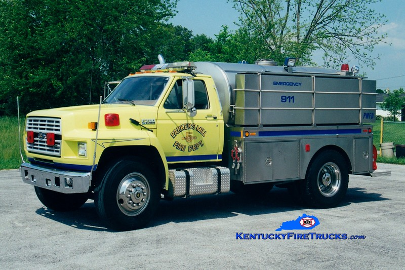 <center> ORIGINAL <BR> Parkers Mill  Tanker 5 <br> 1993 Ford F-700/Bluegrass 250/1500 <br> Greg Stapleton photo </center>