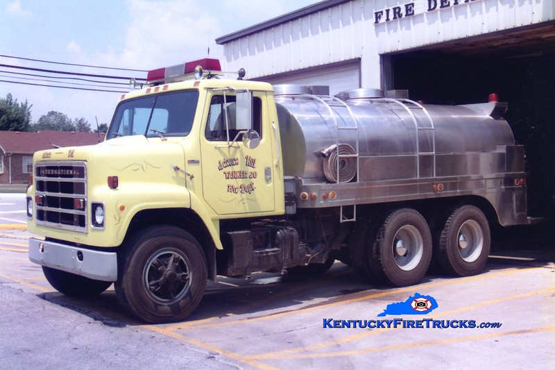 <center> RETIRED <br> Science Hill  Tanker 20 <br> 1979 International S/Bluegrass 250/2100 <br> Greg Stapleton photo <br> </center>