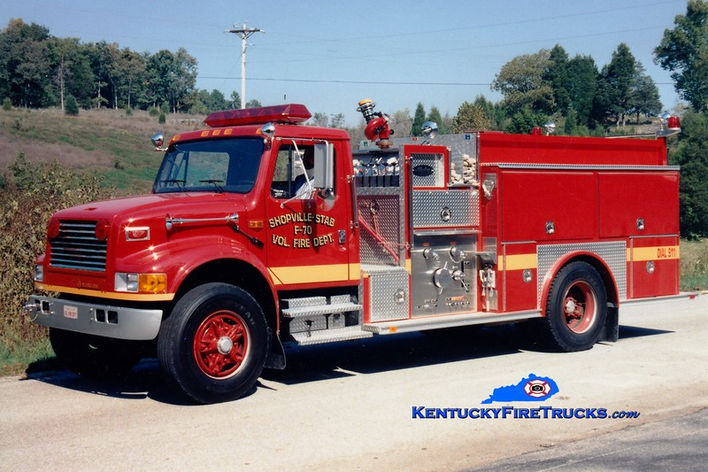 <center> RETIRED <BR> Shopville-Stab  Engine 70 <br> 1992 International 4900/Allegheny 1250/1000<br> Greg Stapleton photo </center>