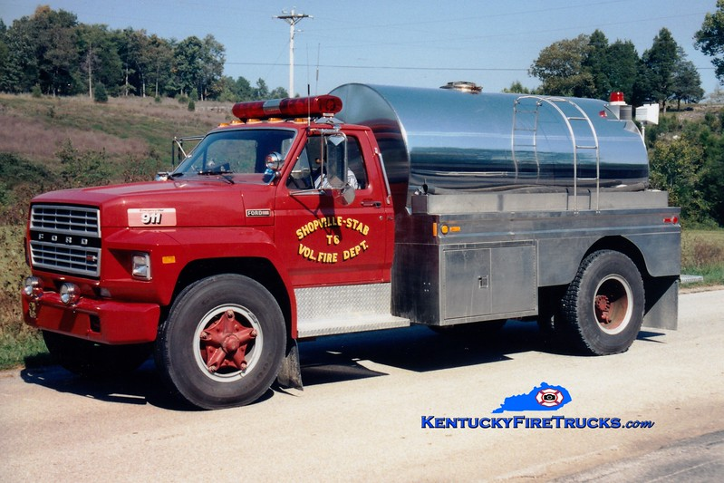 <center> RETIRED <BR> Shopville-Stab  Tanker 6 <br> 1981 Ford F/Bluegrass 250/2000 <br> Greg Stapleton photo </center>