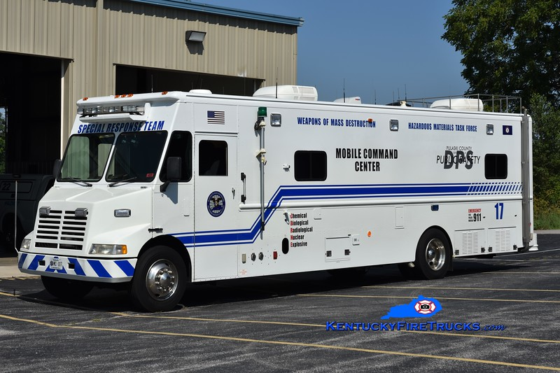 Somerset-Pulaski County Special Response Team  Unit 17<br /> x-Santa Barbara County, CA <br /> 1995 Chevy/Grumman-Olson Command Center   <br /> Greg Stapleton photo