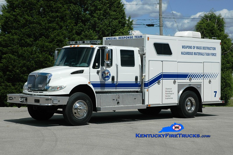 <center> Somerset-Pulaski County Special Response Team Unit 7 <br> 2004 International 4400/E-One Heavy Rescue/Decon Unit <br> Greg Stapleton photo </center>