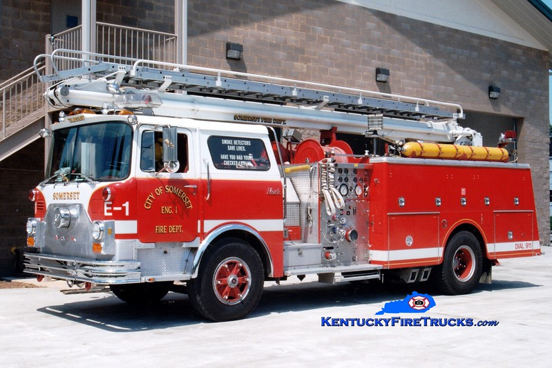 <center> RETIRED <br> Somerset  Engine 1 <br> x-Robbinsville, NJ <br> 1979 Mack CF 1000/500/50' Telesqurt  <br> Greg Stapleton photo </center>
