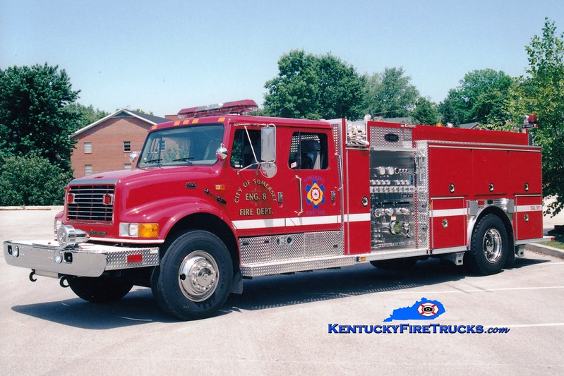 <center> RETIRED <br> Somerset  Engine 8 <br> 2000 International 4900/E-One 1250/500 <br> Greg Stapleton photo </center>