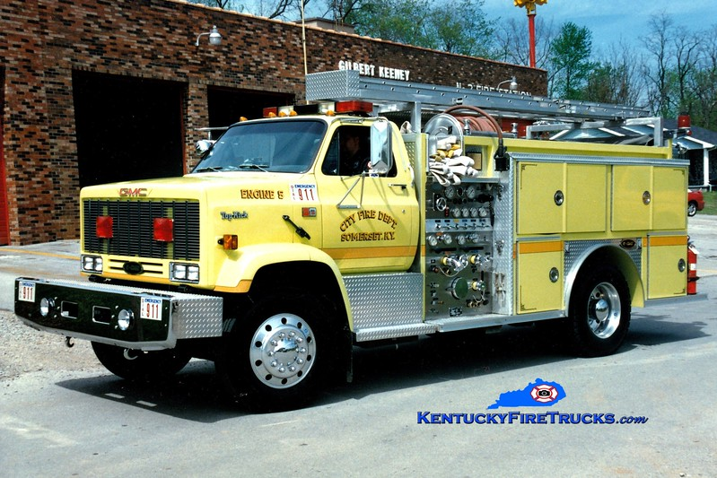 <center> RETIRED <br> Somerset  Engine 5 <br> 1989 GMC Topkick/E-One 1000/500 <br> Greg Stapleton photo </center>