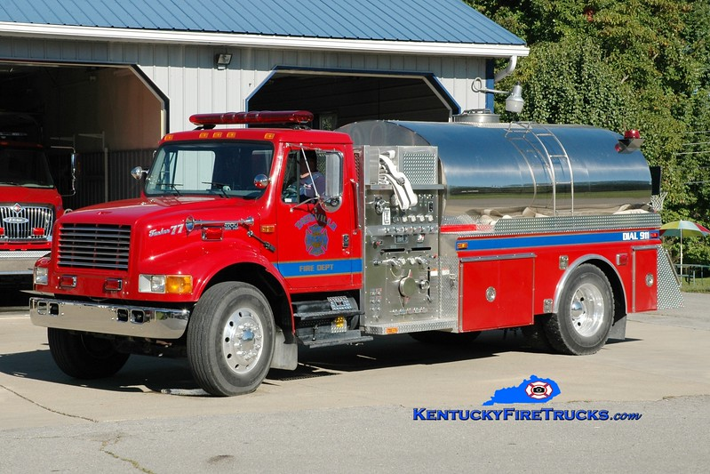 <center> Tateville  Tanker 77 <br> Chassis & pump x-Mt Victory, KY; tank x-Whitehall, NY <br> 1999 International 4900/E-One/1979 4-Guys/2013 Pulaski County Fire Commission 1250/1800 <br> Greg Stapleton photo </center>