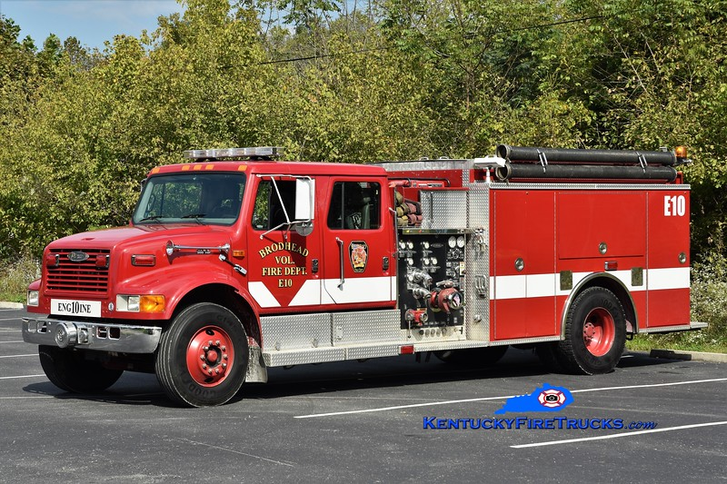 Brodhead  Engine 10<br /> x-Scott County, KY<br /> 1999 International 4900/Pierce 1250/1000<br /> Greg Stapleton photo