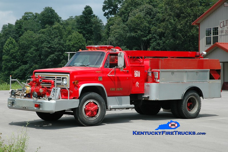 <center> Climax  Engine 2 <br> x-Western Rockcastle & Livingston, KY <br> 1974 Chevy/FD 750/1000 <br> Greg Stapleton photo <br> </center>