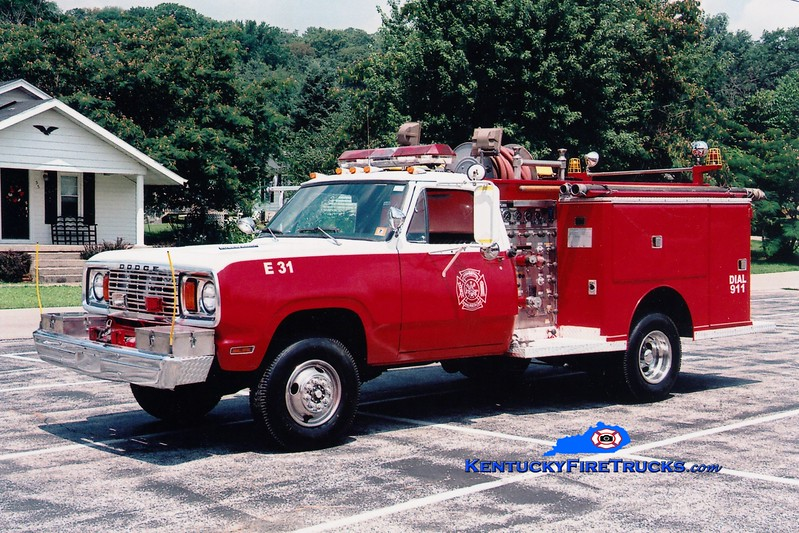 <center> RETIRED <br> Livingston  Engine 31 <br> 1978 Dodge/Darley 400/350 <br> Greg Stapleton photo <br> </center>
