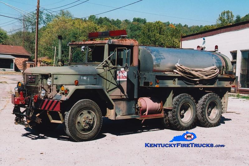 <center> RETIRED <br> Livingston  Tanker 35 <br> x-US Army <br> 1985 AM General M35 6x6/FD 250/1000 <br> Greg Stapleton photo <br> </center>