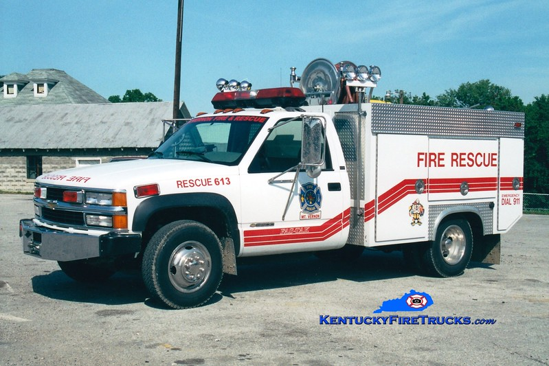 <center> RETIRED <br> Mount Vernon-Rockcastle County Rescue 613 <br> 1995 Chevy 3500 4x4/Becker 200/200/50 <br> Greg Stapleton photo <br> </center>