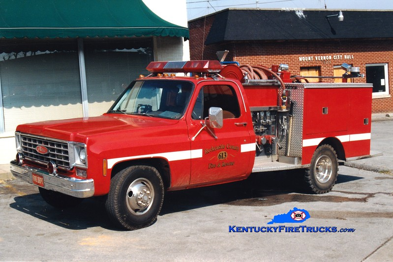 <center> RETIRED <br> Mount Vernon-Rockcastle County Engine 613 <br> x-Bristol, PA <br> 1975 Chevy 4x4/Pierce 300/250  <br> Greg Stapleton photo <br> </center>