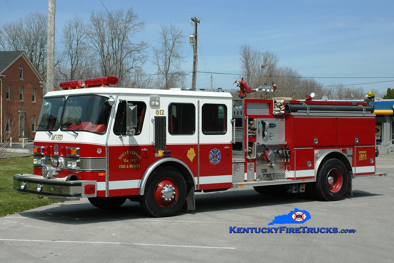 <center> Mount Vernon  Engine 612 <br> 1992 E-One Cyclone 1250/1000 <br> Greg Stapleton photo <br> </center>