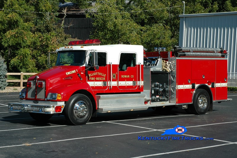 <center> Elliottville  Engine 1  <br> 2001 Kenworth T-300/Pierce 1250/1000 <br> Greg Stapleton photo </center>