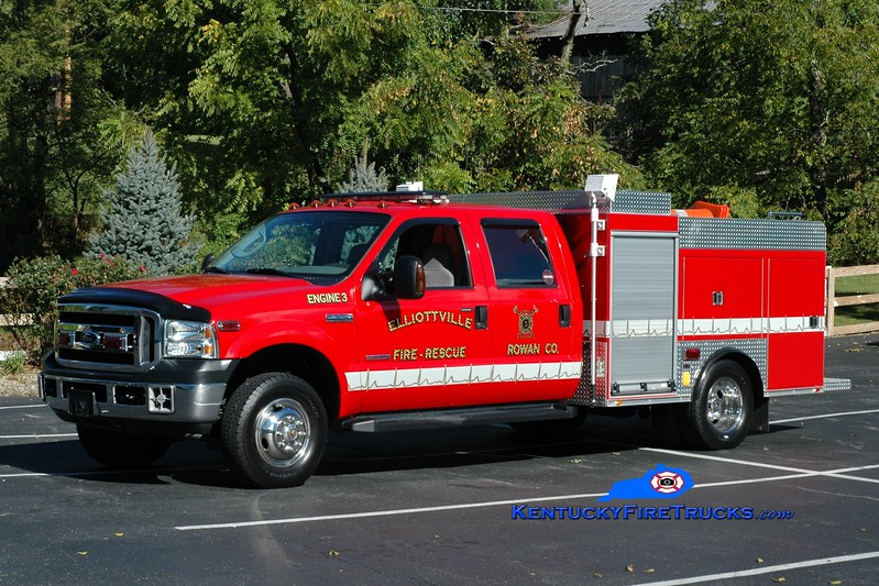 <center> Elliottville  Engine 3  <br> 2005 Ford F-550 4x4/Wynn/Pierce 250/300 <br> Greg Stapleton photo </center>