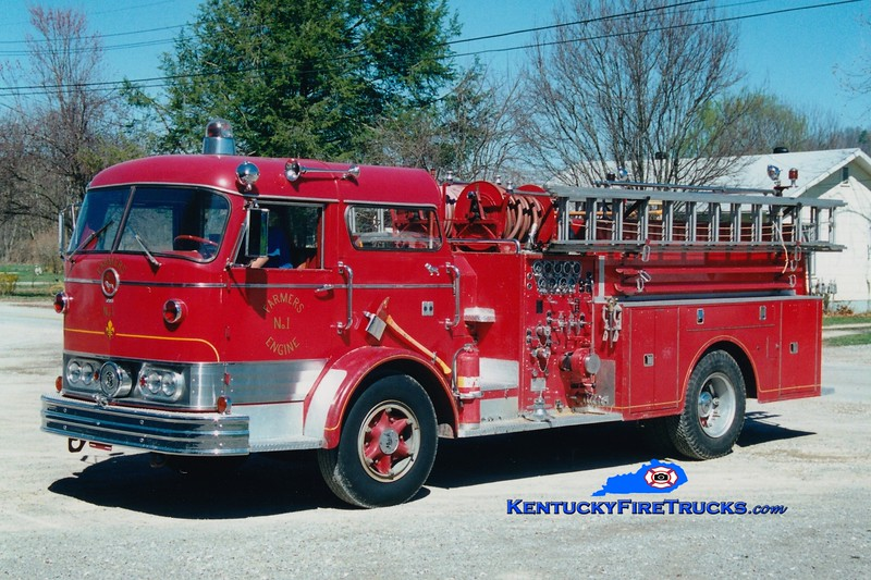 <center> RETIRED <br> Farmers  Engine 1  <br> x-Cold Spring-Crestview, KY <br> 1961 Mack C 750-750 <br> Greg Stapleton photo </center>