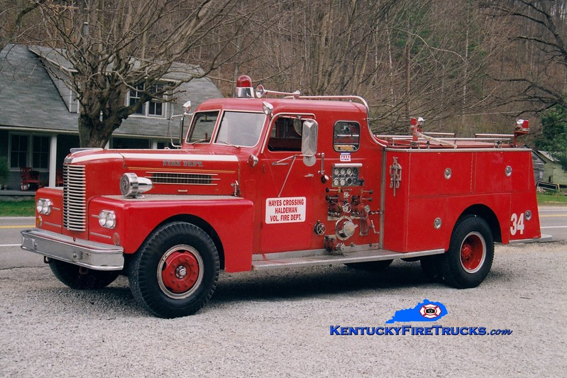 <center> RETIRED <br> Hayes Crossing-Haldeman  Engine 4  <br> x-Lexington, KY <br> 1962 Pirsch 1000/200 <br> Greg Stapleton photo </center>