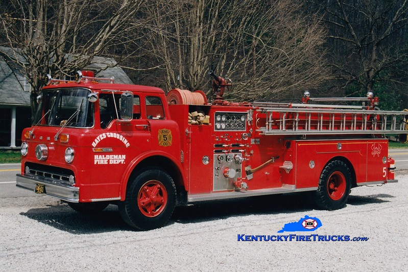 <center> RETIRED <br> Hayes Crossing-Haldeman  Engine 5  <br> x-Morehead, KY <br> 1975 Ford C/Sutphen 1000/750 <br> Greg Stapleton photo </center>