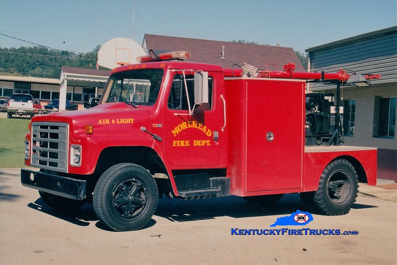 RETIRED <br /> Morehead  Air & Light Unit<br /> 1977 International S/1982 FD <br /> Greg Stapleton photo