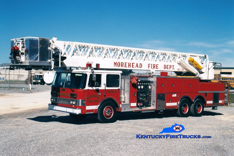 <center> RETIRED <br> Morehead  Tower 1  <br> 1984 Pierce Arrow 1500/250/110'  <br> Greg Stapleton photo </center>