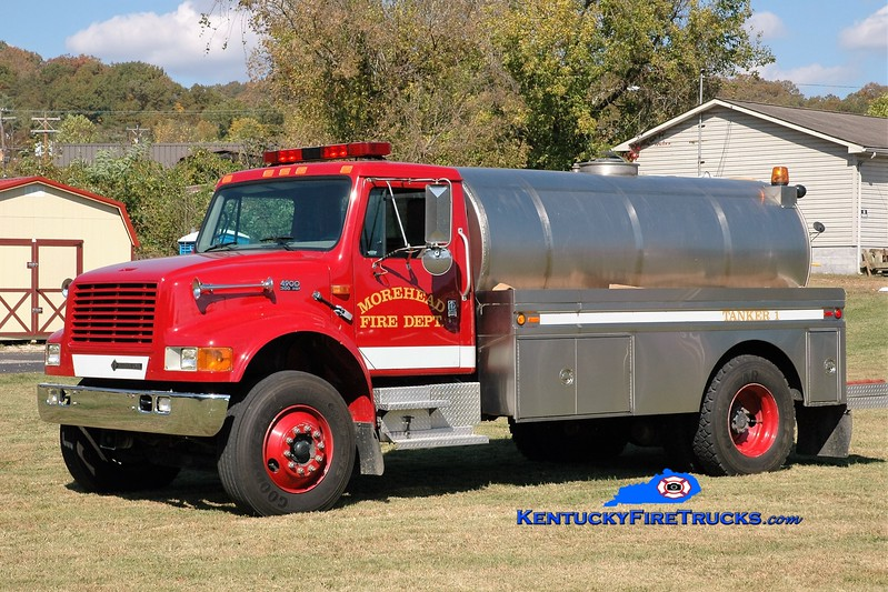Morehead  Tanker 1<br /> 1997 International 4900/Bluegrass 250/1800<br /> Greg Stapleton photo